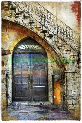 Фотообои Дверь по лестницей