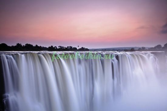 Фотообои Водопад Виктория