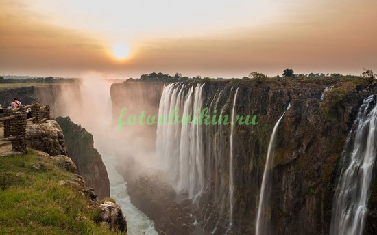Фотообои Водопад в Восточной Африке