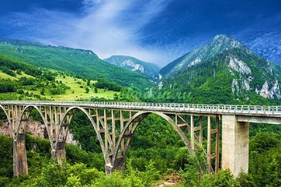 Фотообои Мост в горах