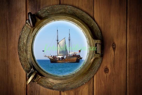 Фотообои Окно в корабле