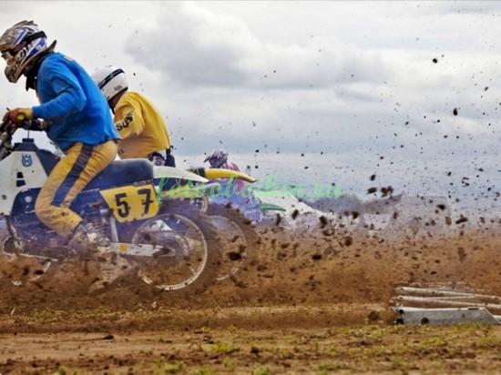Фотообои Питбайки на соревнованиях