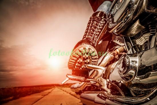 Фотообои Камелот и мотоцикл