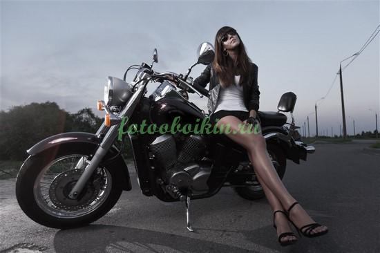 Фотообои Девушка и мотоцикл