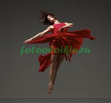 Фотообои Женщина в красном платье