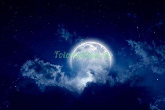 Фотообои Полная луна в облаках