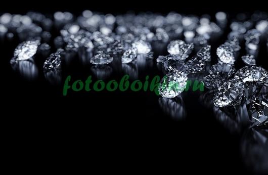 Фотообои Бриллианты на черном столе