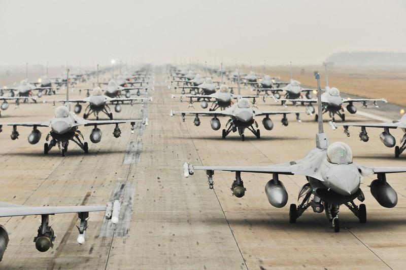 Фотообои Американские истребители