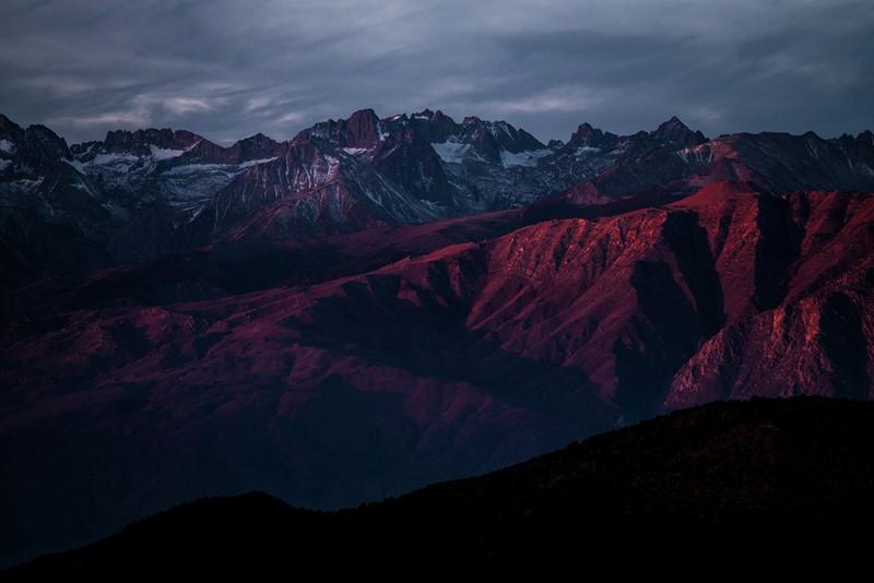 Фотообои Сумрачные горы