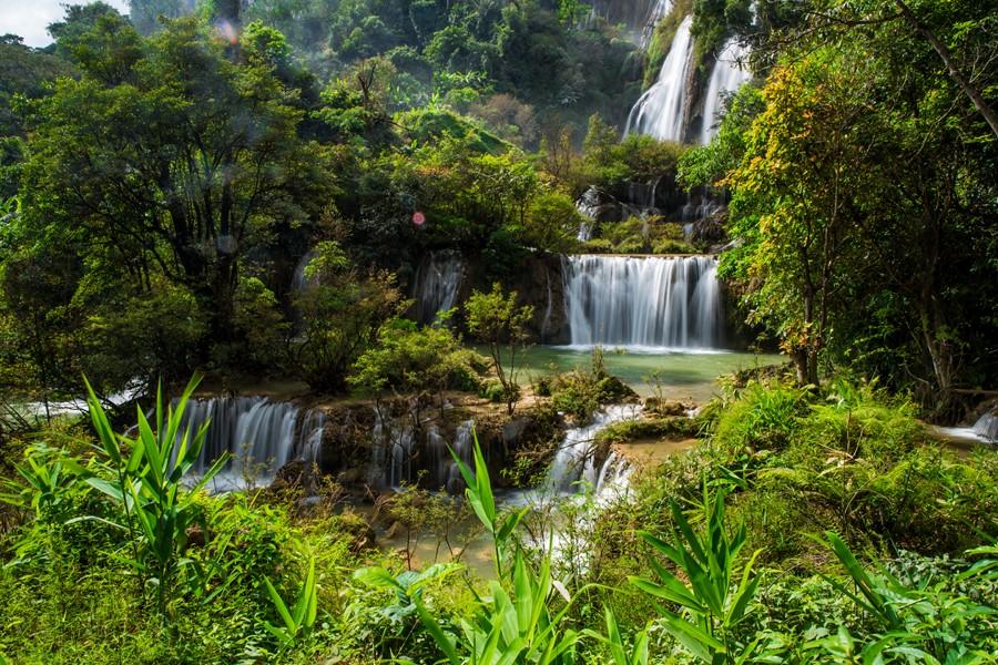 Фотообои Водопад в Таиланде